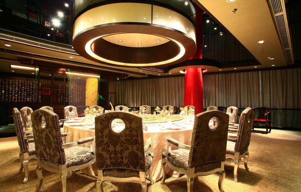 无锡怀旧风格酒店餐厅装修设计