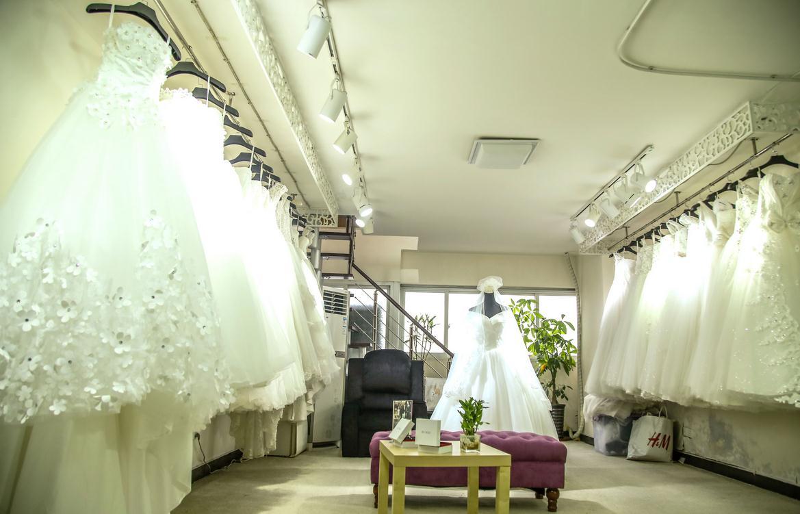 无锡婚纱店铺装修